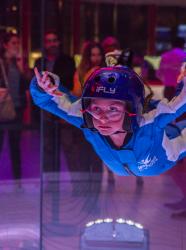 iFLY Lyon : simulateur de chute libre indoor ©Xavier Leonti