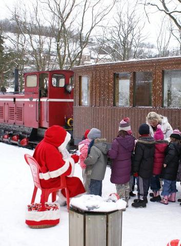 Les trains du Père Noël au parc des Combes