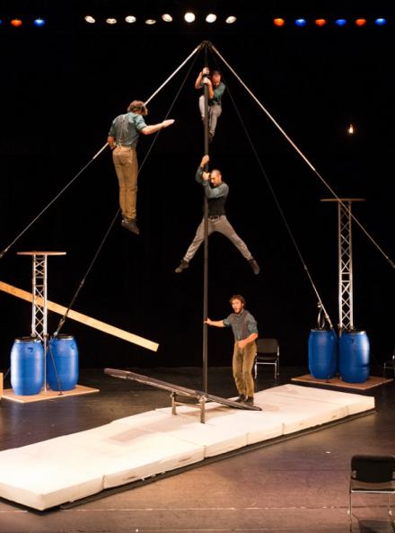 L'avis bidon - Cirque la Compagnie