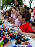 Des enfants à la Mini Maker Faire d'Austin