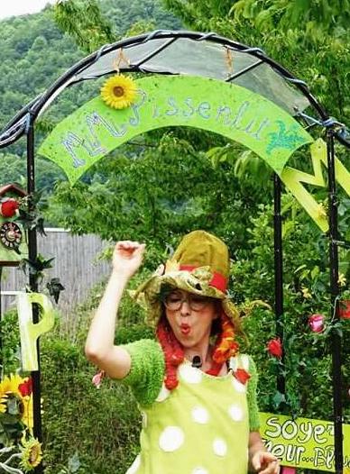 Mimi Pissenlit et son flower power