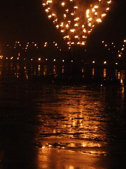Le Vieux-Port entre flammes et flots - Cie Carabosse