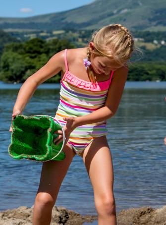 Lac Chambon : baignade avec les enfants