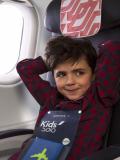 Les enfants voyagent sans souci et comme des grands