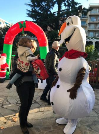 Olaf à Lou Pitchoun Parc pour les vacances de Noël