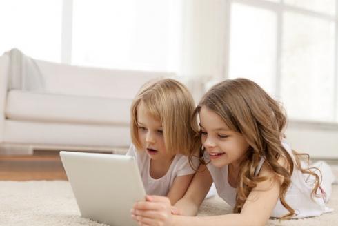 Comment protéger son enfant des dangers d'Internet ?