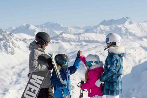 Skimium : réservation skis pour les familles