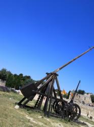 Les médiévales des Baux - Catapulte 2