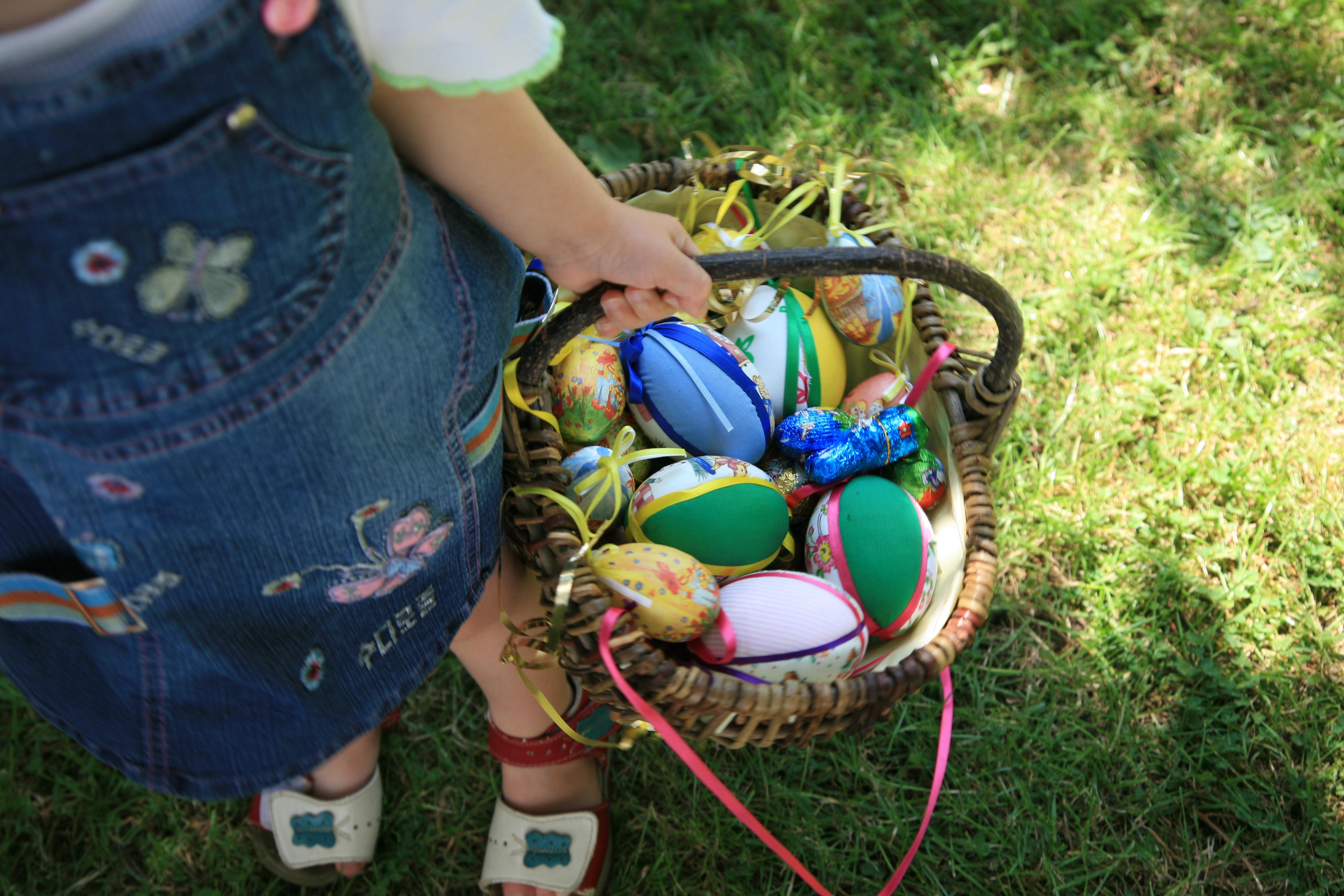 Chasse aux oeufs de Pâques pour enfants près de Lyon